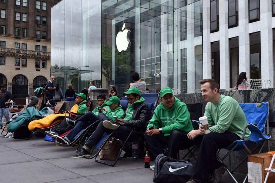 iPhone-6-launch